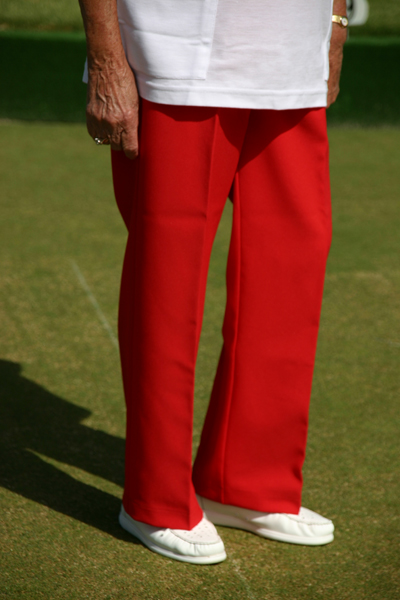 Domino for lawn bowls club customised shirts, slacks and other lawn bowls attire. Supplied and manufactured by domino, the top manufacturer and supplier of coloured bowls clothes and lawn bowling gear
