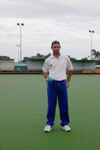 Domino for mens lawn bowls club coloured pants, vests other apparel. domino - the leading bowls wear supplier and manufacturer