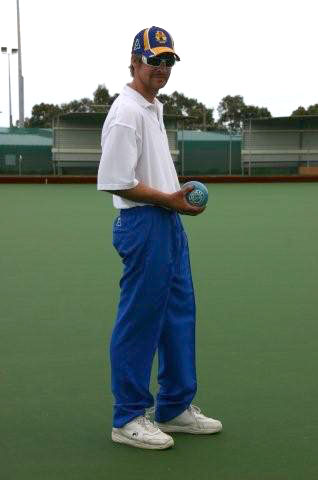 Domino for mens lawn bowls coloured pants for bowling, vests other apparel. domino - the leading bowls wear supplier and manufacturer
