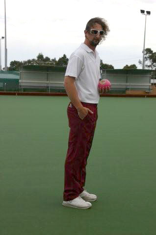 Domino Lawn Bowls Garments and ladies bowls apparel - womens Polar Fleece Lawn Bowls Vest and womens bowling jacket