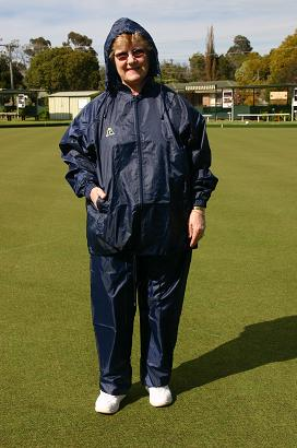 Domino Lawn Bowls Garements - Junior Navy Ladies Rainwear Full Set - wet weather gear for bowling