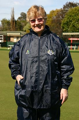Domino Lawn Bowls Clothing Rainwear - VLBA Ladies Waterproofs. domino for club coloured waterproofs for bowling