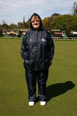 Domino Lawn Bowls Garements - VLBA Ladies Rainwear Full Set. domino for wet weather gear for bowling