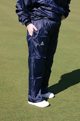 Domino Lawn Bowls Garements VLBA Ladies Waterproofs Spray Pants. domino for club coloured waterproofs for bowling