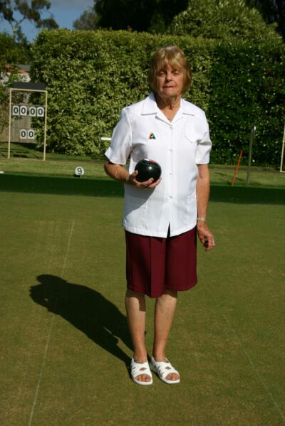 Domino Lawn Bowls Apparel - Queensland Maroon Shorts
